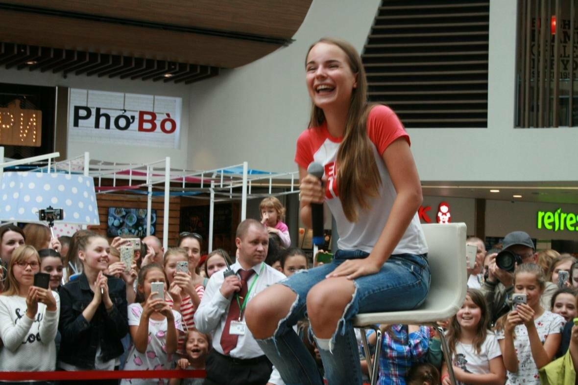 В МЕГУ Теплый стан приезжала популярный видеоблогер  - Саша Спилберг., фото-4