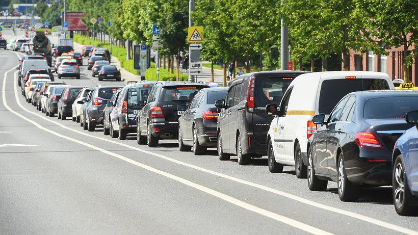 По дорогам Подмосковья за четыре дня проехали примерно 10 млн авто, фото-1