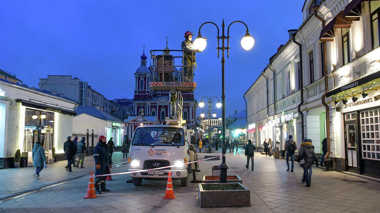 Раньше обычного включат освещение улиц и зданий, фото-1