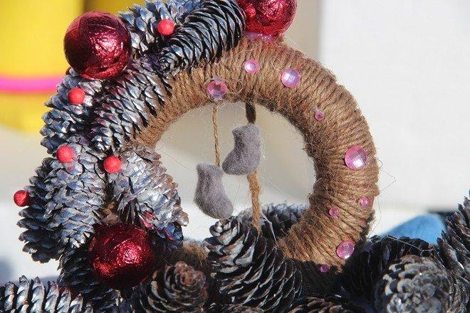 Рождественские венки смастерили лицеисты, фото-1