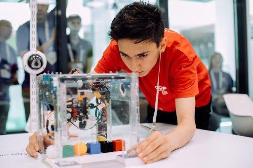 В занятии на базе детского IT-технопарка «Байтик» смогут принять участие ученики Троицка, фото-1