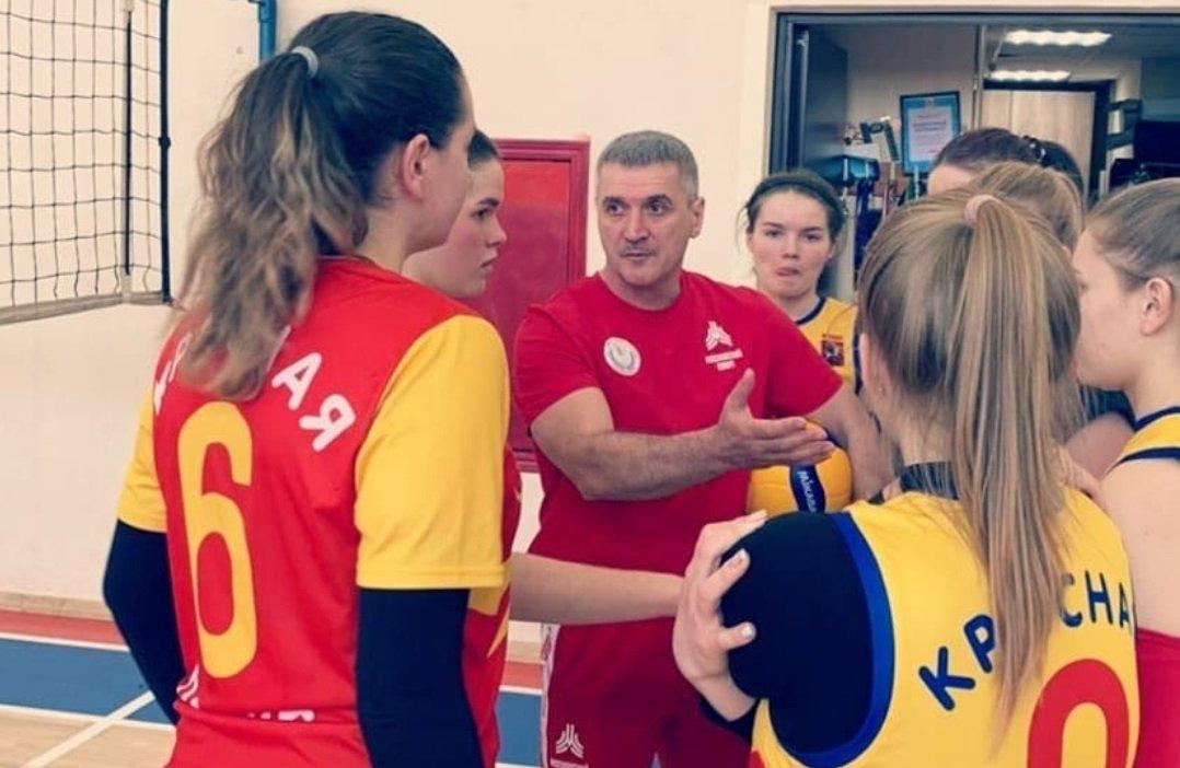 В матчах первого тура соревнований на Кубок префекта ТиНАО одержали победу краснопахорские волейболисты, фото-1