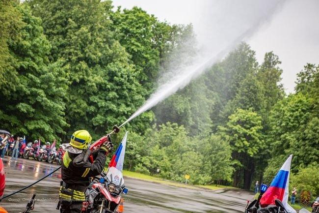Профессиональный праздник отмечают пожарные столицы, фото-1